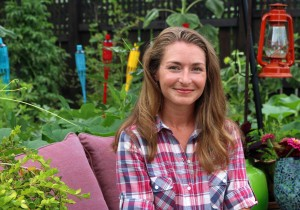Brie Arthur in her Yardscaping Garden - Image by Harold Johnson-CC-BY